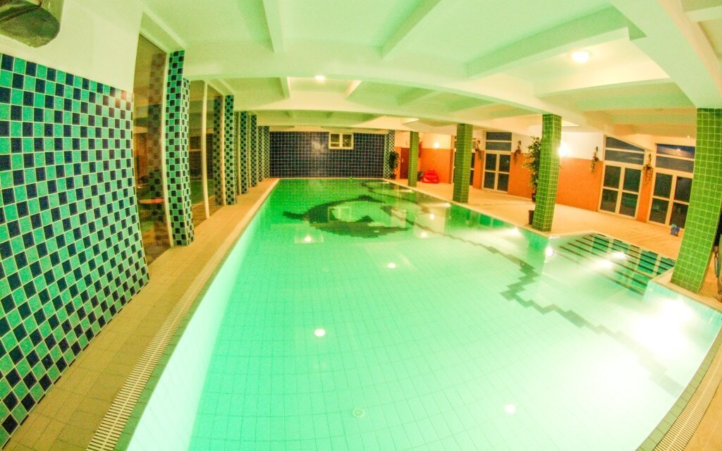 V bazénu můžete relaxovat podle libosti