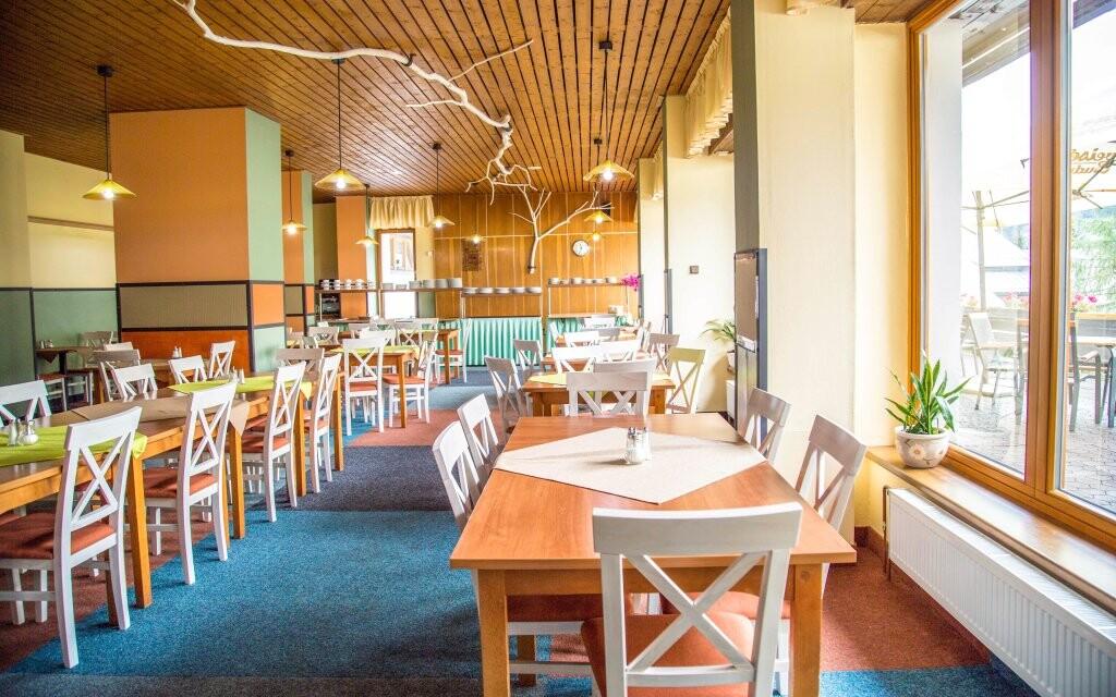 Restaurace, polopenze, Parkhotel Harrachov ***