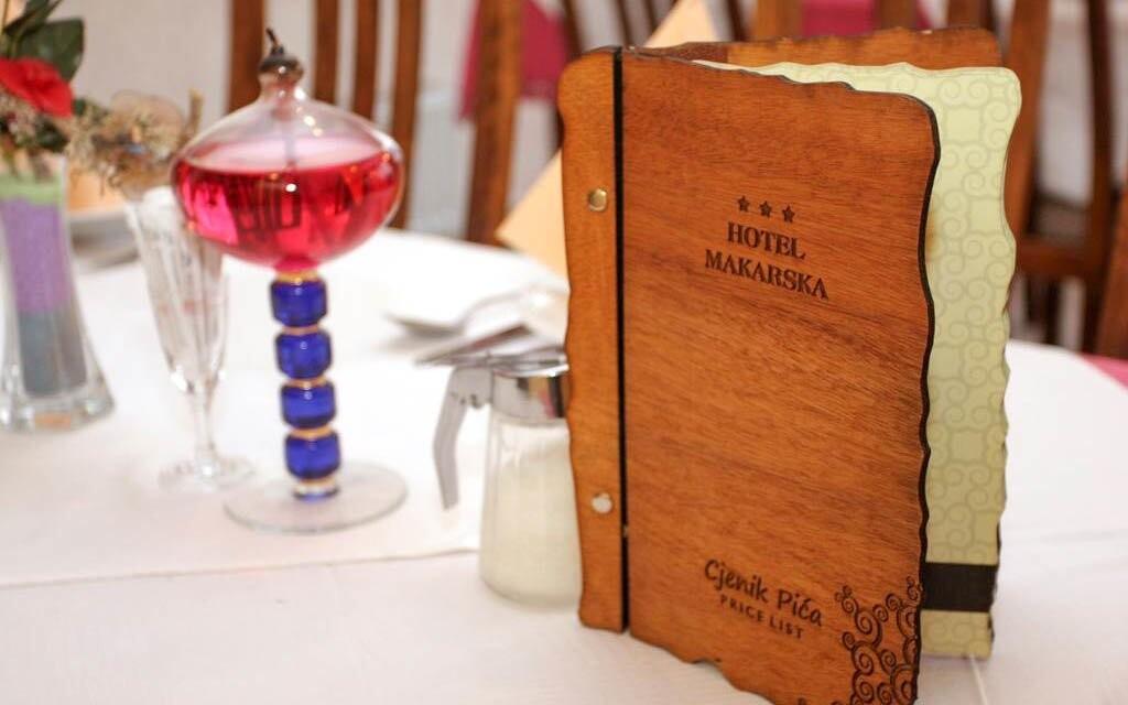 Reštaurácia v Hoteli Makarska ***