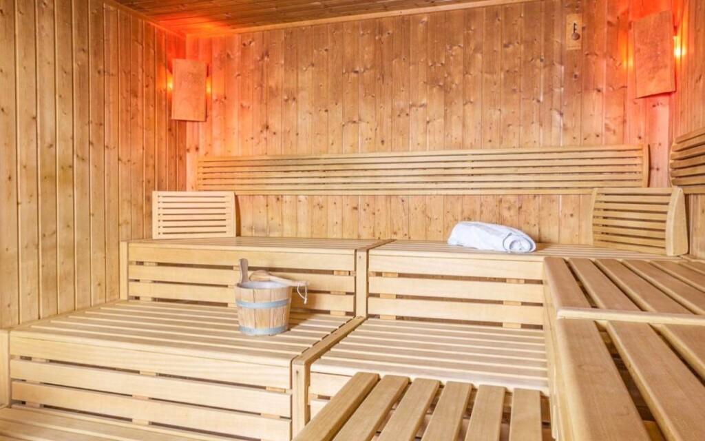 Fínska sauna vo wellness je k dispozícii