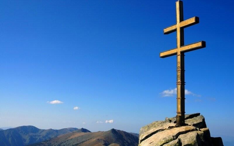 Vydat se můžete třeba na Ďumbier - nejvyšší vrchol Nízkých Tater