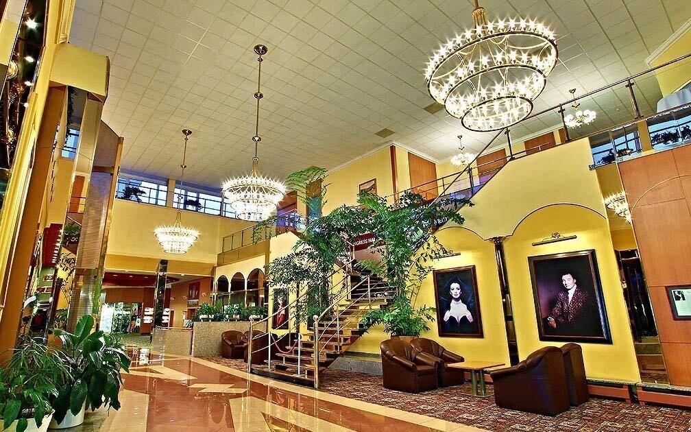 Interiéry hotelu vás okouzlí moderním uměním