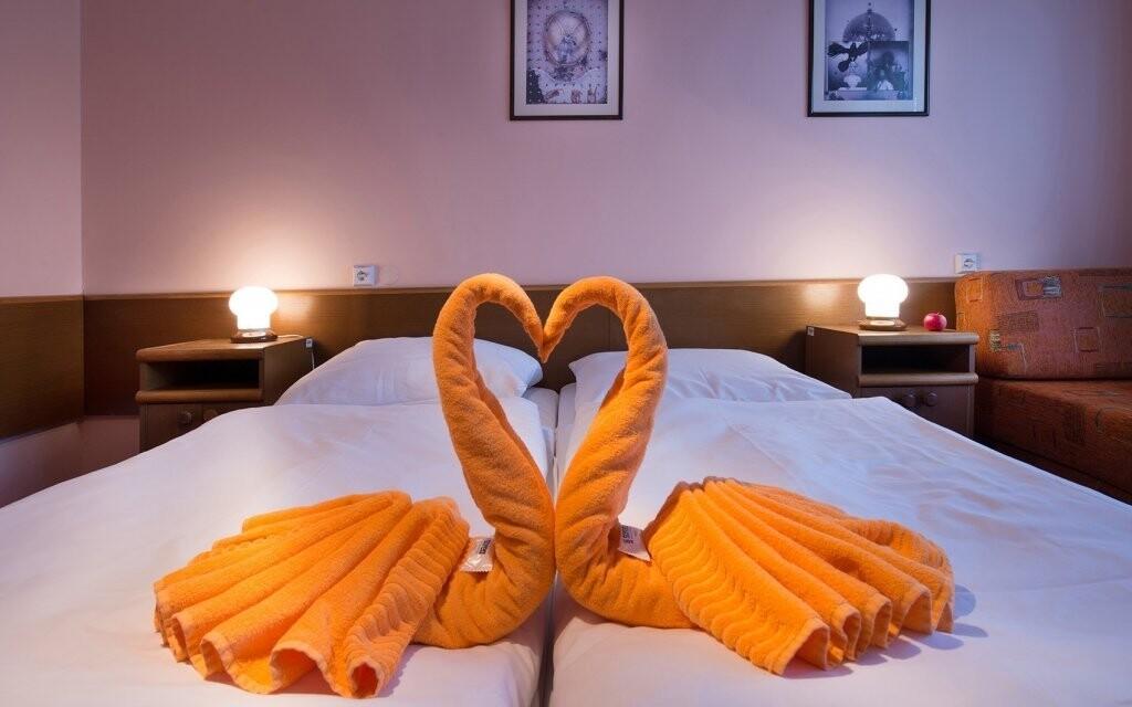 Pokoje jsou útulné a příjemně vybavené