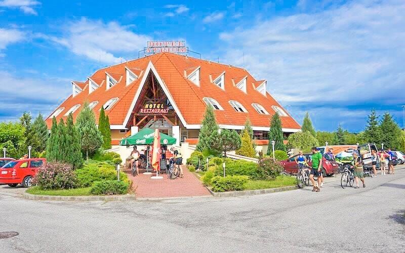 Ubytováni budete v krásném hotelu Gastland Átrium