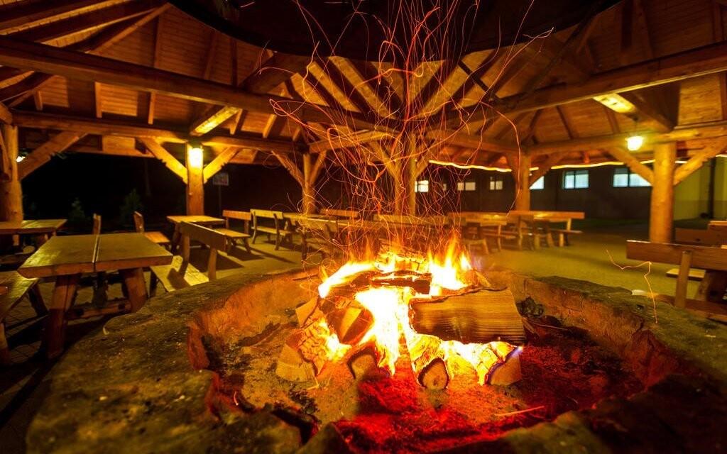 Poseďte si pri ohnisku, Hotel Vestina ***, Wisła, Poľsko