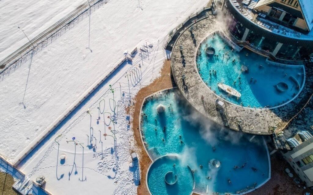 Horká termální voda přijde v zimě vhod