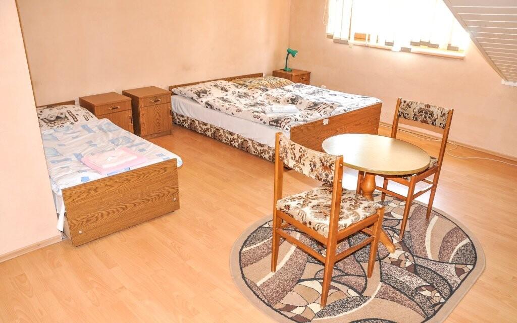 Každý pokoj má vlastní sociální zařízení