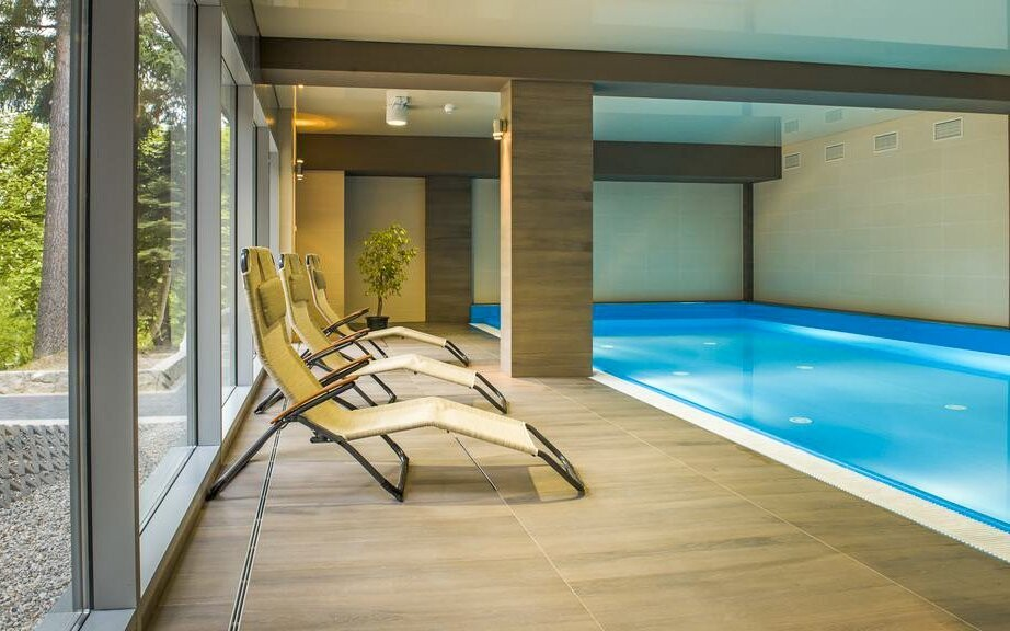 Relaxujte díky neomezenému vstupu do bazénu