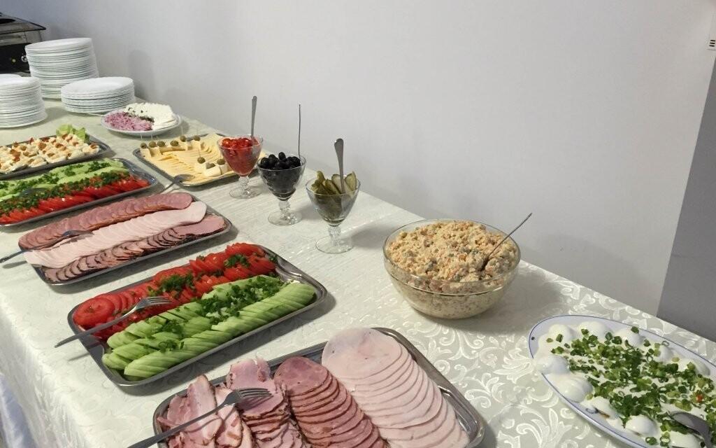 Těšte se na snídaně formou bufetu