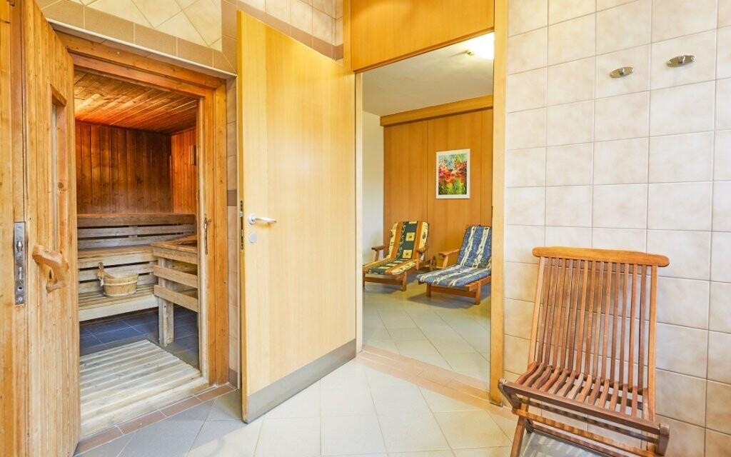 Súčasťou wellness centra je samozrejme sauna