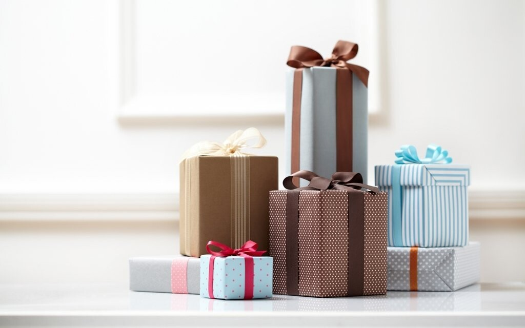 Nevíte si rady s dárkem pro přátele? Dárkový kupón to vyřeší