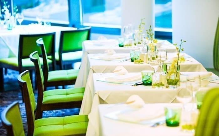 Těšte se na příjemné prostředí restaurace