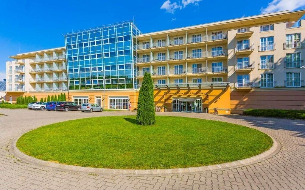 Gotthard Therme & Conference leží u rakouských hranic