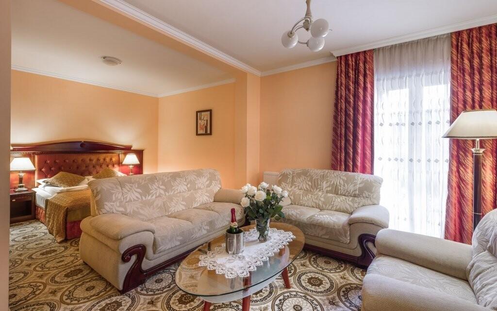Čekají vás prostorné a luxusní pokoje