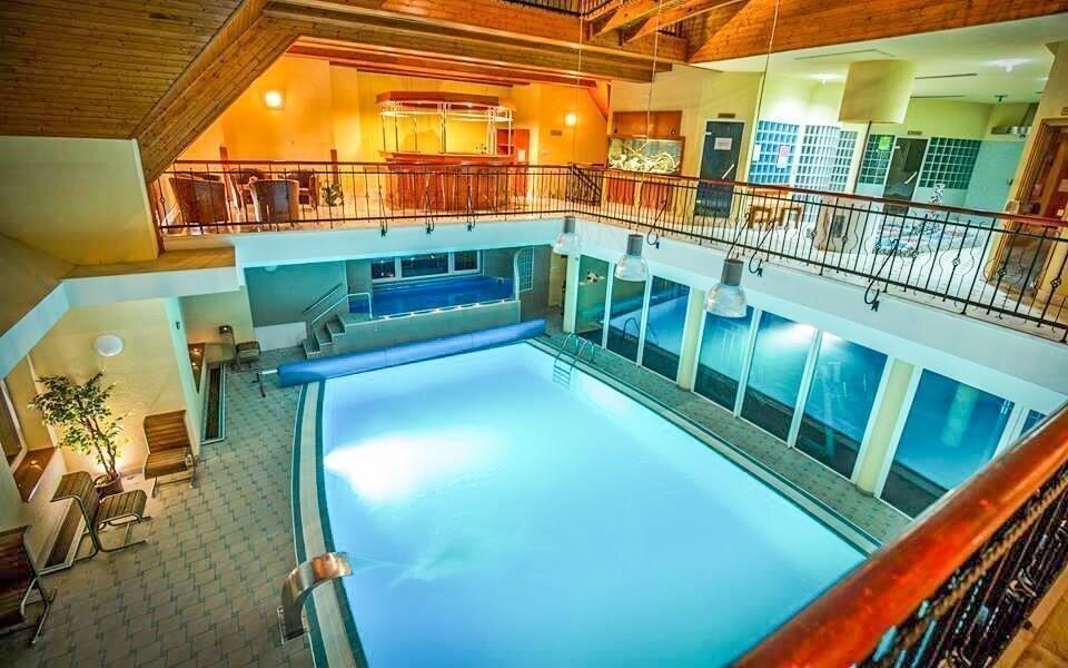 Využít můžete i vnitřní bazén