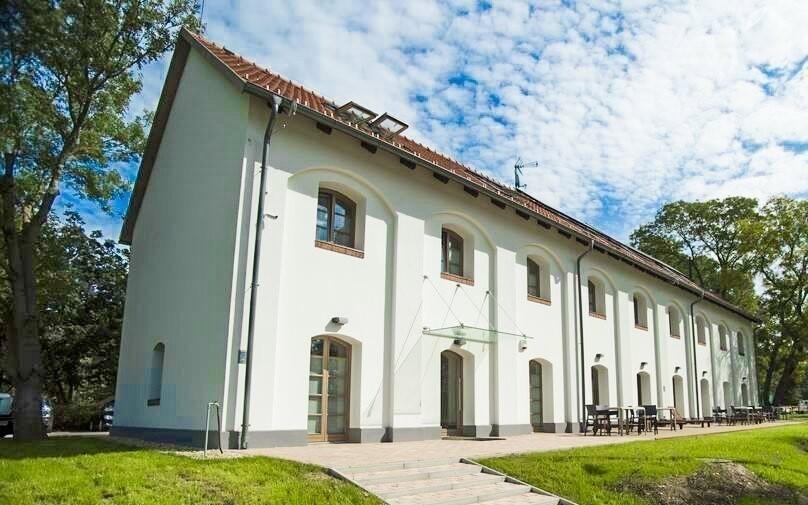 Hotel Vadkert Major *** vznikl rekonstrukcí zámku a hřebčína