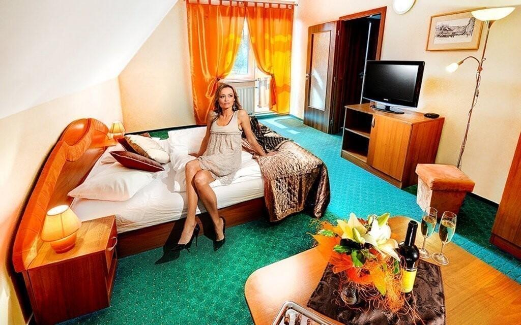 Veškeré pokoje jsou moderně vybavené