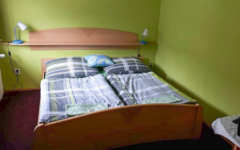 Ubytovanie v pohodlných izbách v Horskej chate Orlice