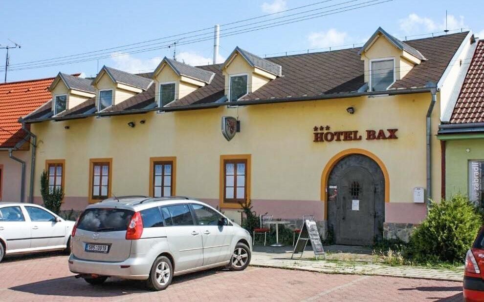 Hotel Bax se nachází v klidné lokalitě Znojma
