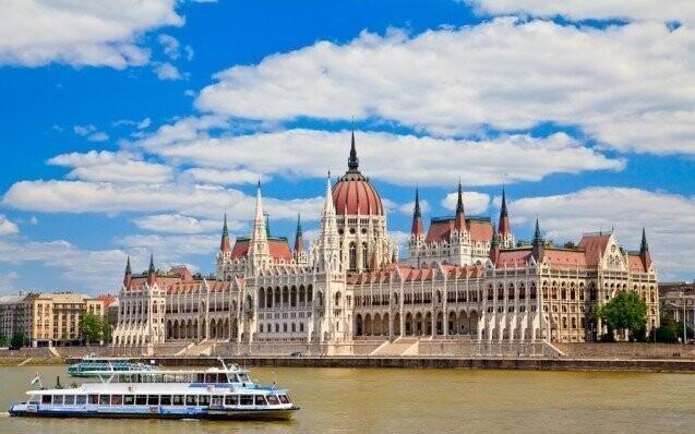 Parlament dunaj leto happy hotel ubytovani slevoking zlavoking