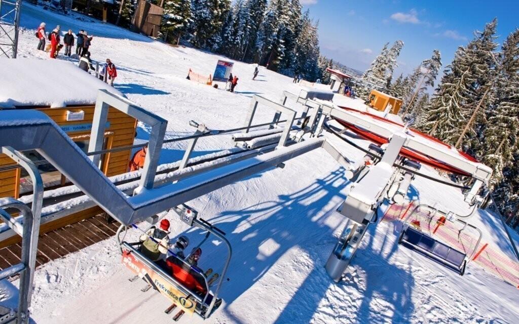 Lipno je obľúbeným miestom mnohých lyžiarov