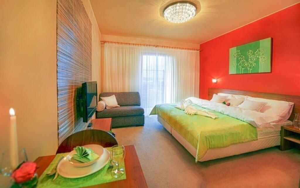 Moderně zařízené pokoje pro vaše maximální pohodlí