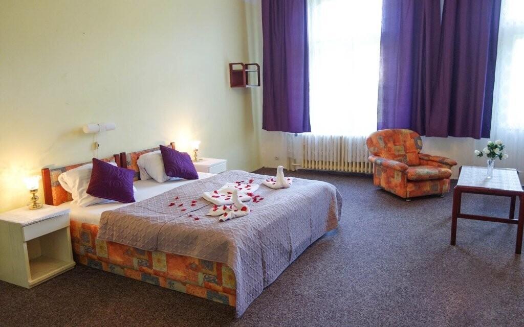 Pokoje jsou čísté a pohodlné