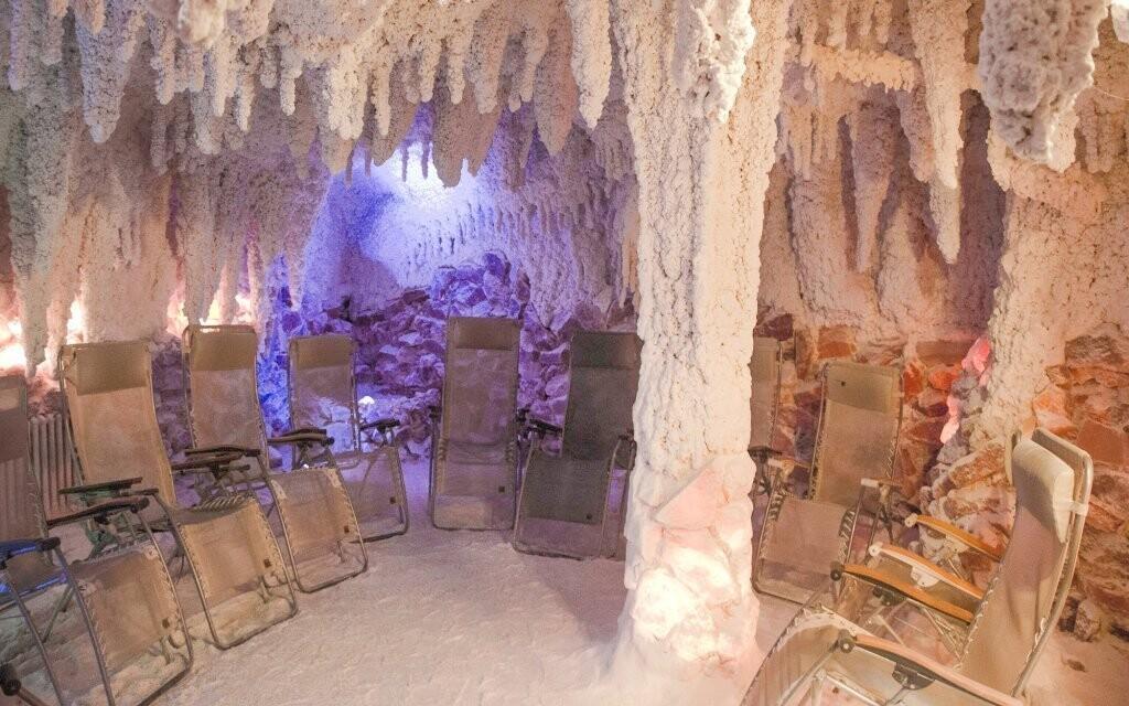 Relaxujte v solné jeskyni přímo v hotelu