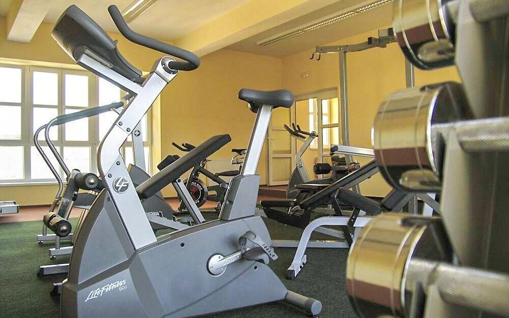Navštivte místní fitness