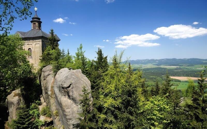 Užijte si dovolenou v blízkosti Adršpašsko-teplických skal