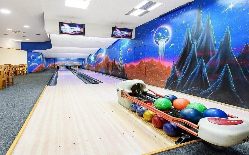 Zahrajte si bowling, máte 30 minut zdarma