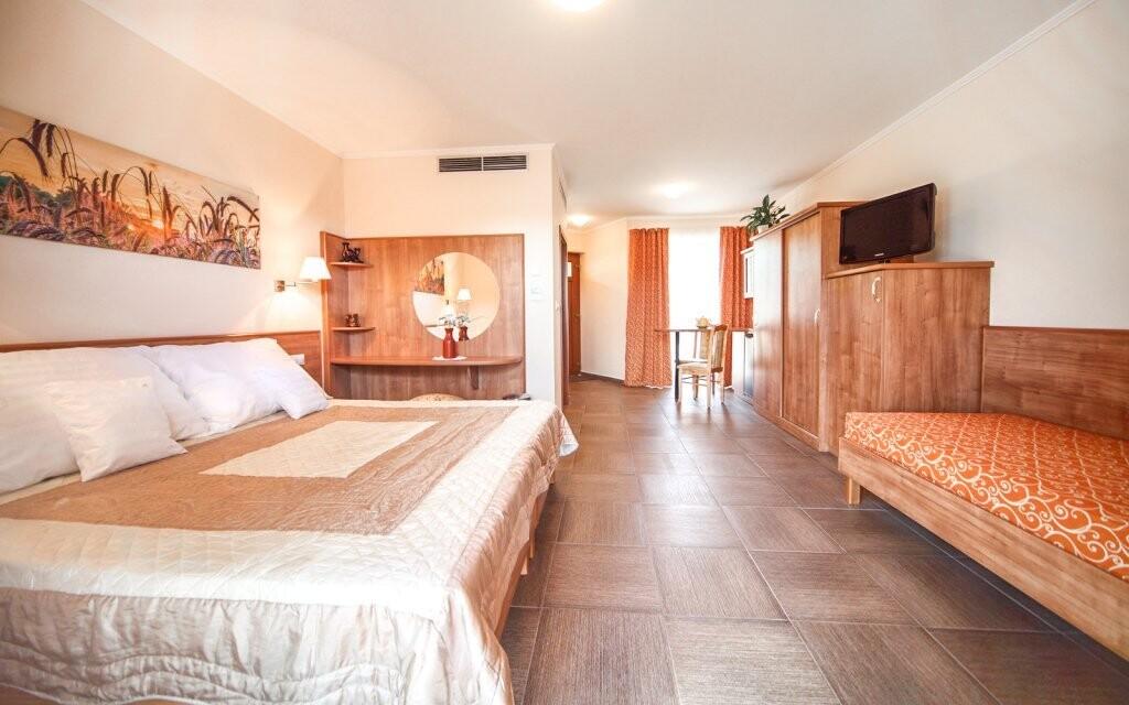 Izby sú priestranné a moderne zariadené