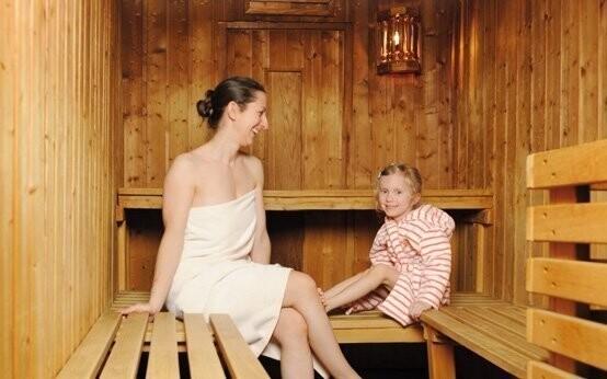Využijte i finskou a parní saunu
