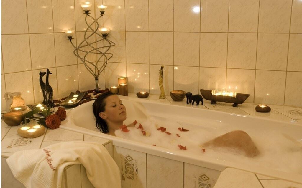 Relaxujte při koupeli