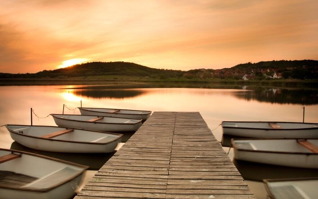 Balaton je nejkrásnější při západu slunce