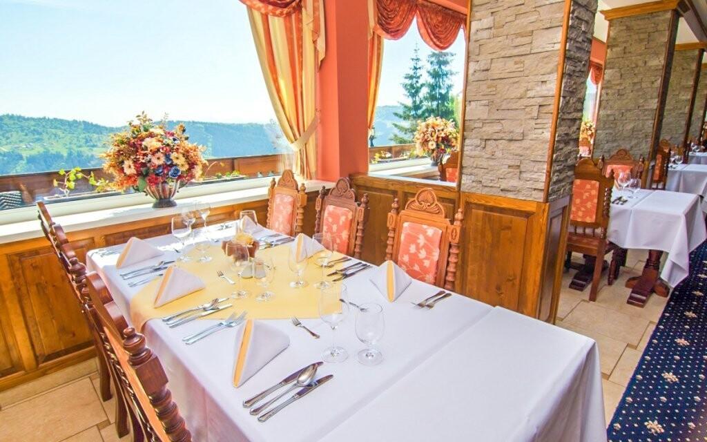Každý den posnídáte v krásné restauraci