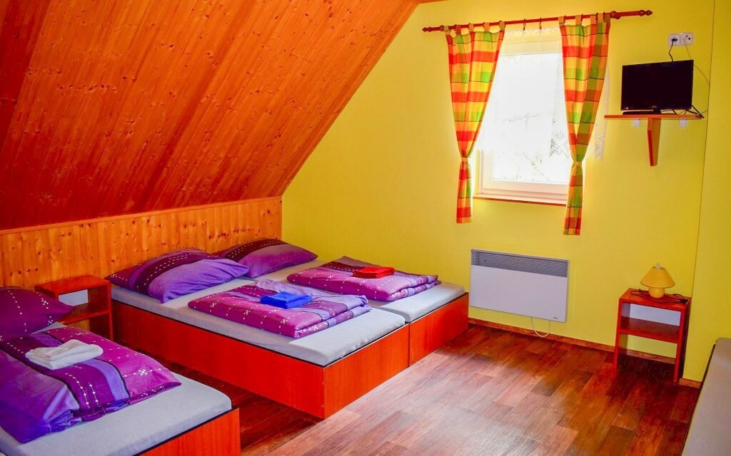 Útulné pokoje pro váš nerušený spánek