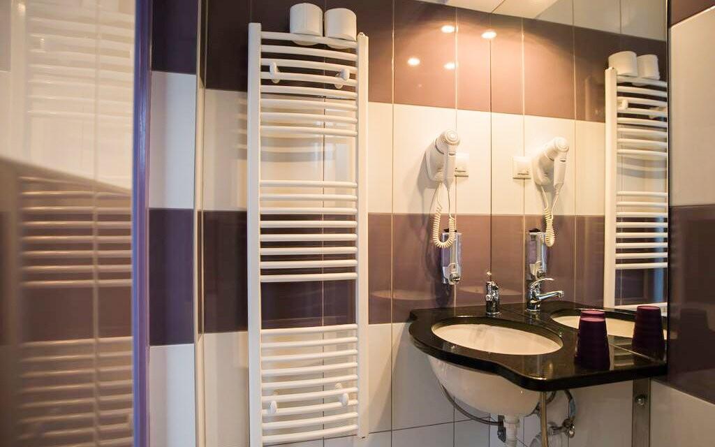 Samozřejmě také koupelnu se sprchou