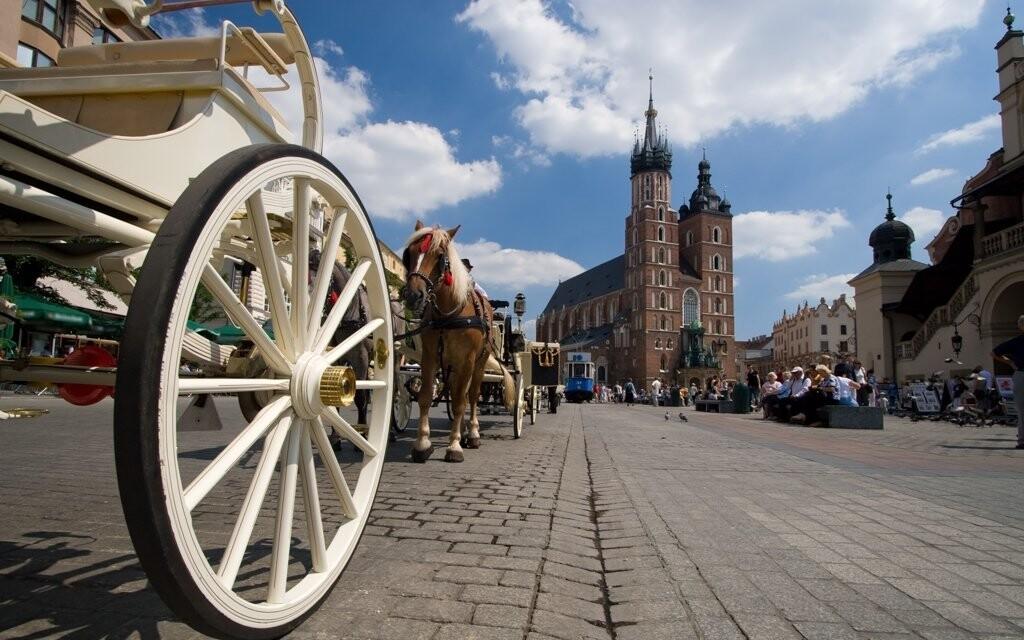 Navštivte baziliku na Hlavním náměstí i další památky
