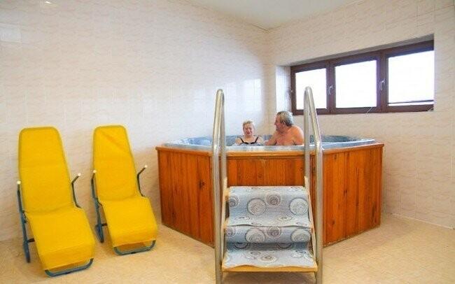 Relaxovat můžete i v hotelové vířivce