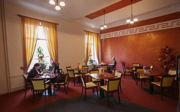 V kavárně Slavia si vychutnejte výbornou kávu