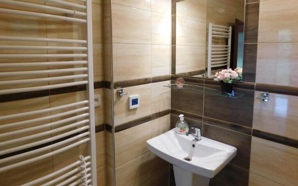 Koupelna je součástí každého pokoje