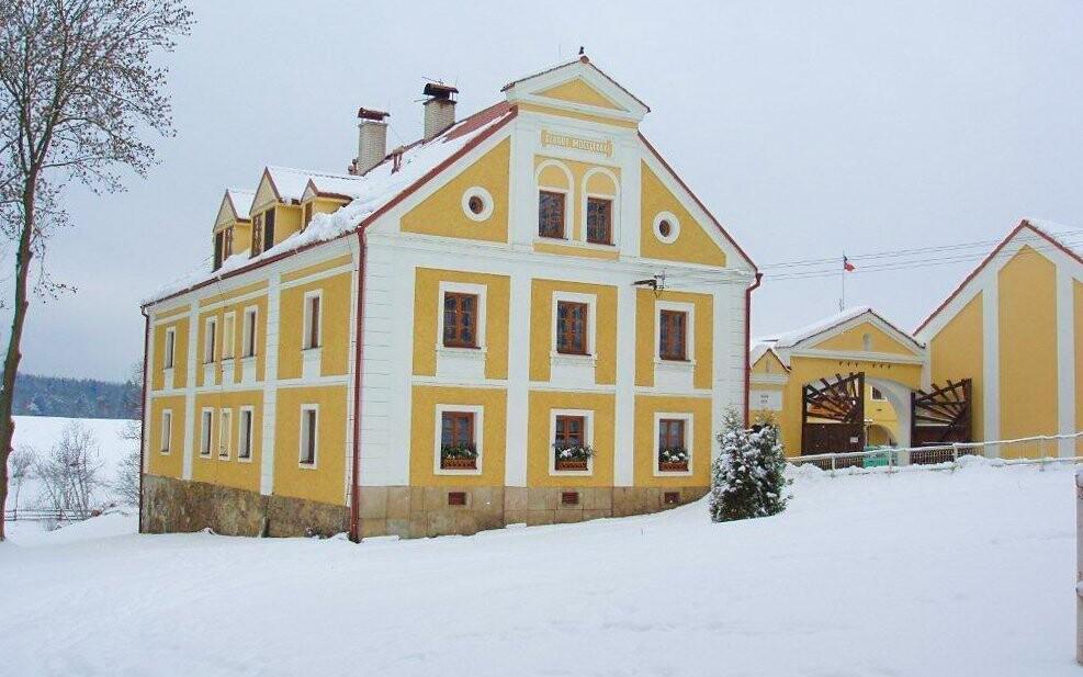Resort Stein *** stojí jen 3 km od Františkových Lázní