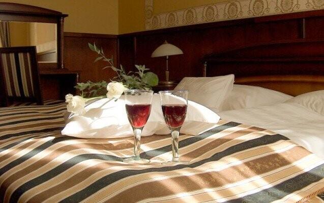 Hotel Eger Izba Luxus Madarsko Sleva