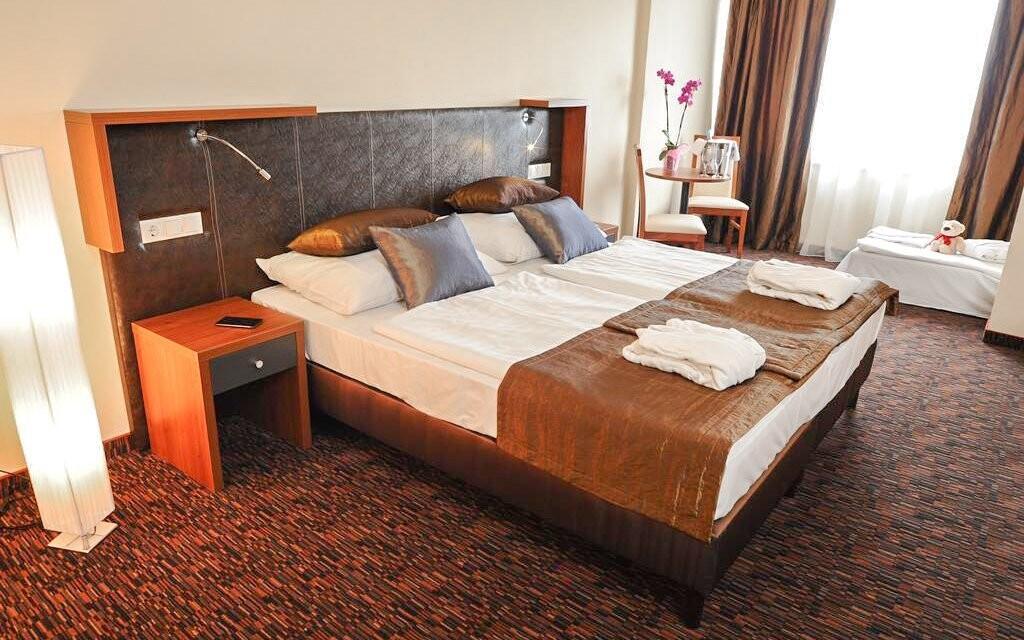 Pokoje hotelu jsou moderně vybavené