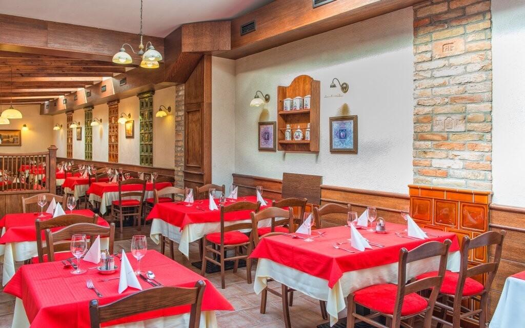 Vychutnejte si polopenzi v restauraci Mandola