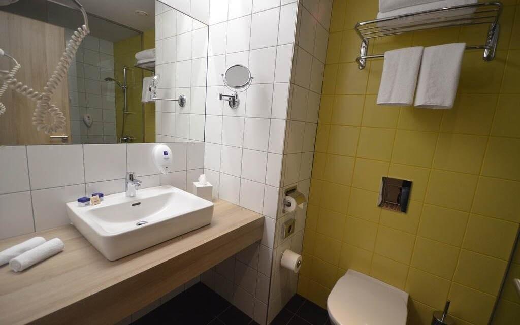 Součástí je vlastní koupelna