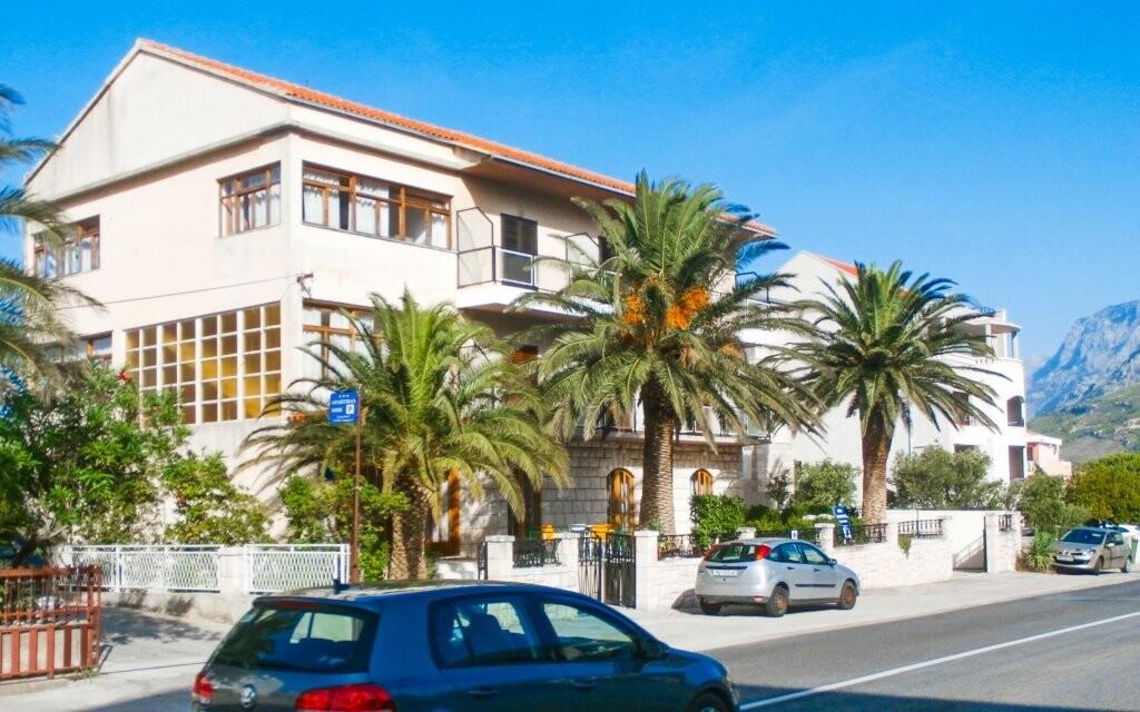 Ubytujte se v Penzionu Vela v letovisku Tučepi