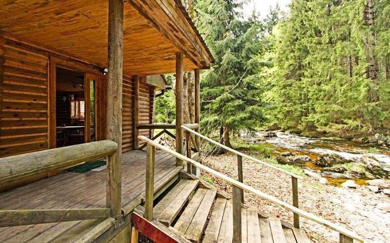 K dispozícii je tiež zrub so saunami
