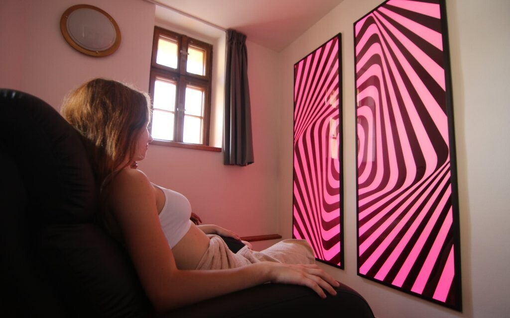 Vyskúšajte farebnú terapiu svetlom